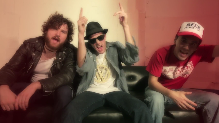 FIDLAR Parody Your Favorite Nineties Videos in '40oz. on Repeat'