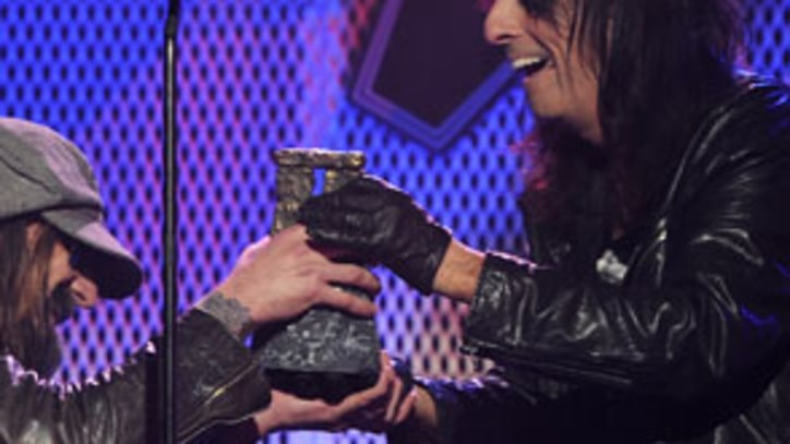 Metal Icons Rock Out at Golden Gods Awards