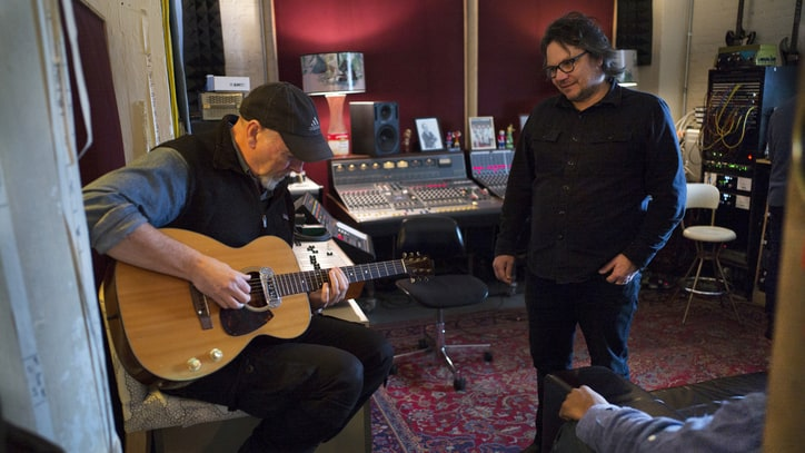 Richard Thompson and Jeff Tweedy on Working Together: 'We Don't Talk'