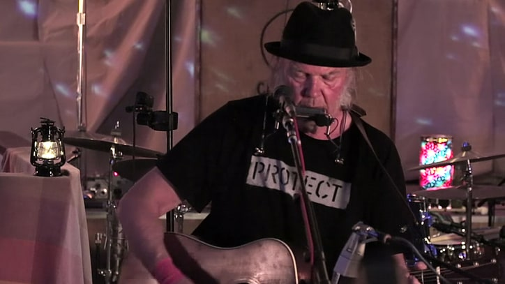 Neil Young Previews New Album With 'Wolf Moon' Video