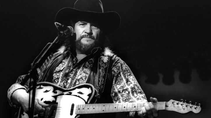 Waylon Jennings Tribute Reunites the Surviving Highwaymen