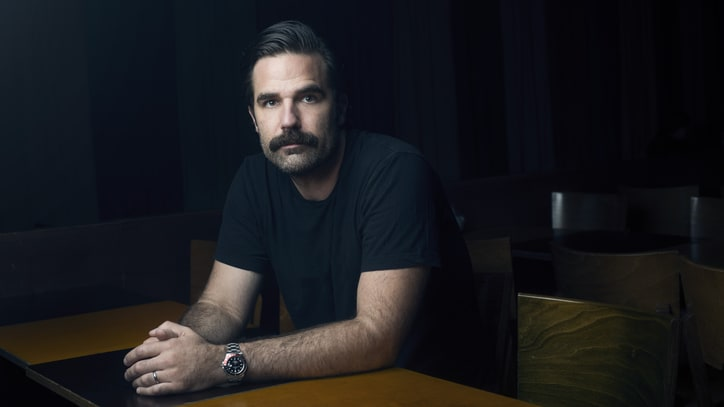Rob Delaney on 'Catastrophe,' Rape Jokes and Winning Twitter