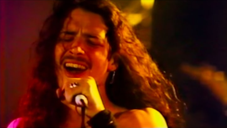 Watch Alice in Chains', Soundgarden's Extended 'Singles' Performances