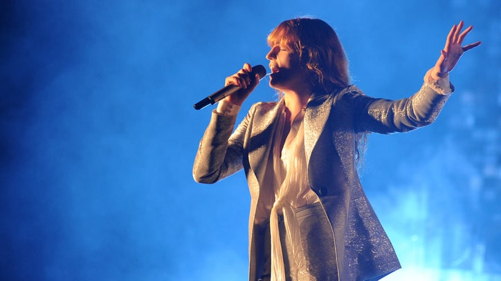 Florence and the Machine Cover Foo Fighters at Glastonbury