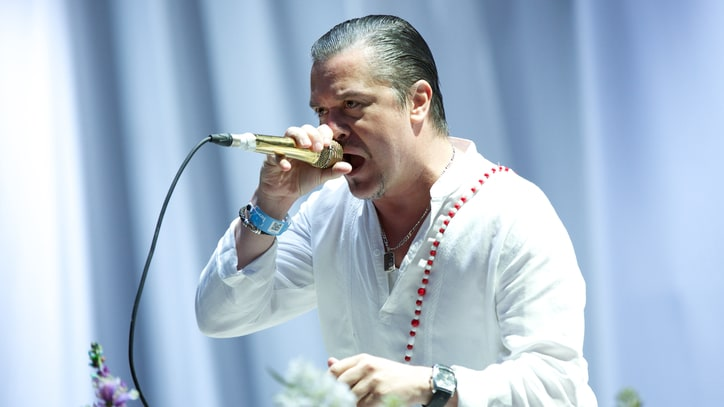 Faith No More Tease Foo Fighters' 'All My Life' at Belgian Festival