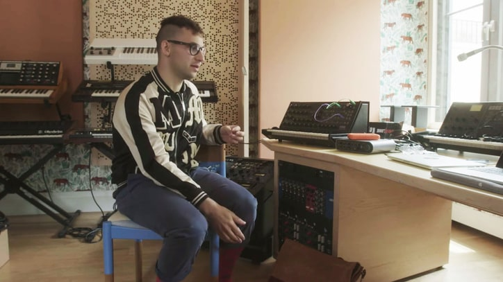See Jack Antonoff Tour His Three Favorite Spots: Home, Diner, Studio