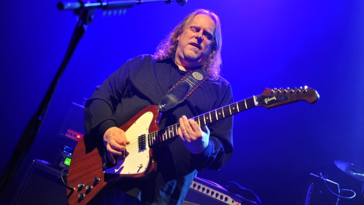Hear Warren Haynes Go Bluegrass on New Solo Cut 'Is It Me Or You'