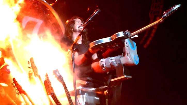 Watch Dave Grohl Play Noisy Guitar Solo on Broken Leg