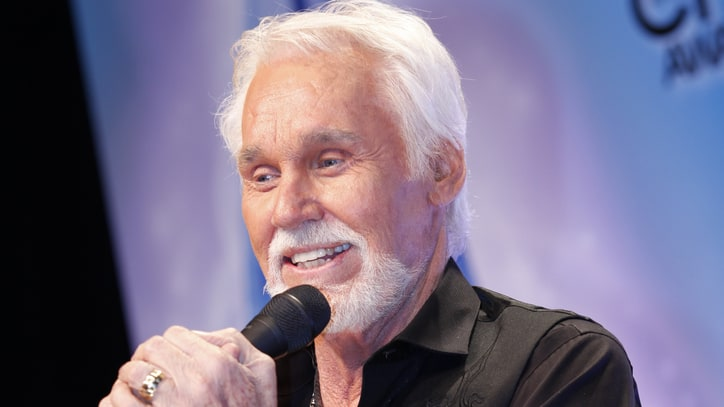 Kenny Rogers Readies Milestone Christmas Album