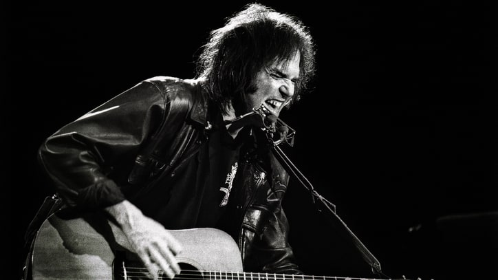 Flashback: Neil Young Unveils 'Rockin' in the Free World' at 1989 Seattle Gig