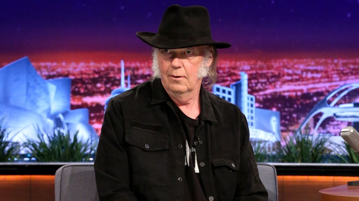 Neil Young Pulling Catalog From Streaming Services