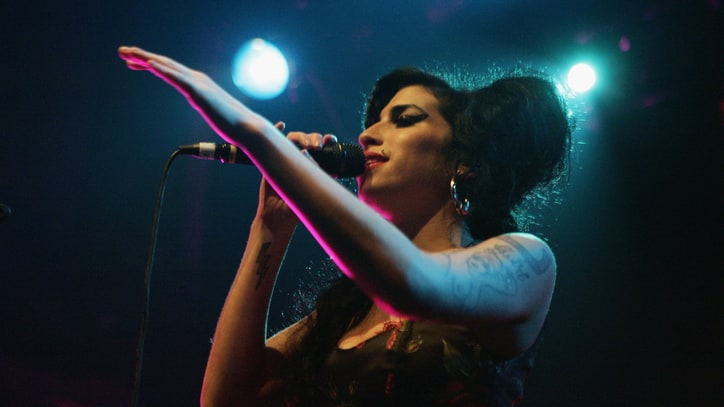 Amy Winehouse: 1983 – 2011