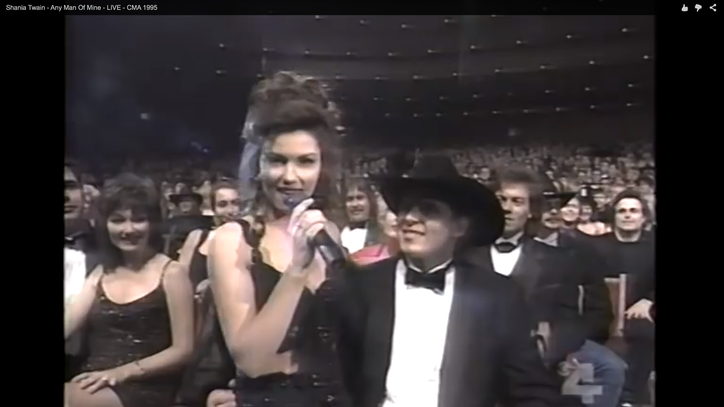 Flashback: See Shania Twain Flirt With Johnny Cash, Tim McGraw at CMAs