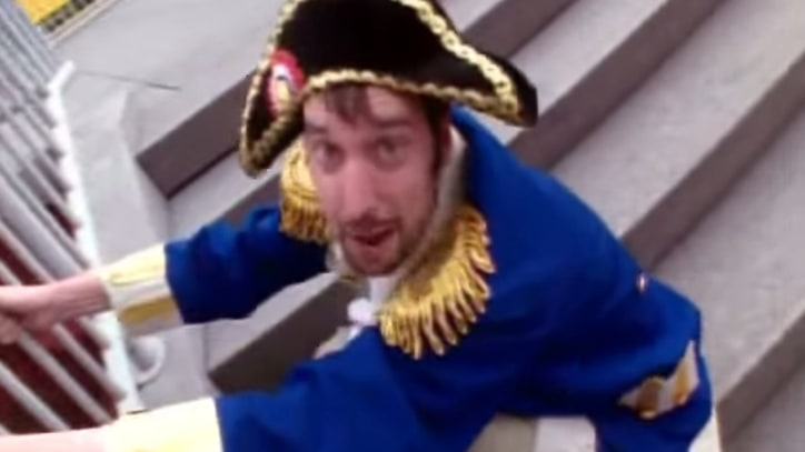 Flashback: Tom Green's 'Bum Bum Song' Tops 'TRL'