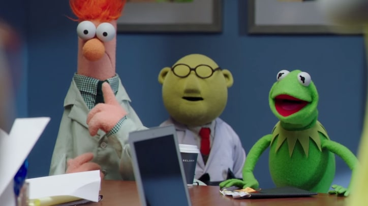 Watch Hilarious Teaser for Muppets' Mockumentary Series