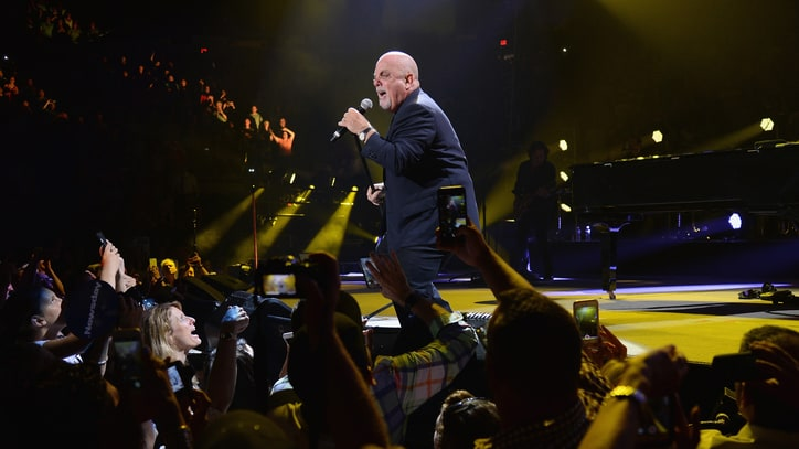 Billy Joel Closes Nassau Coliseum With Nostalgic Three-Hour Marathon