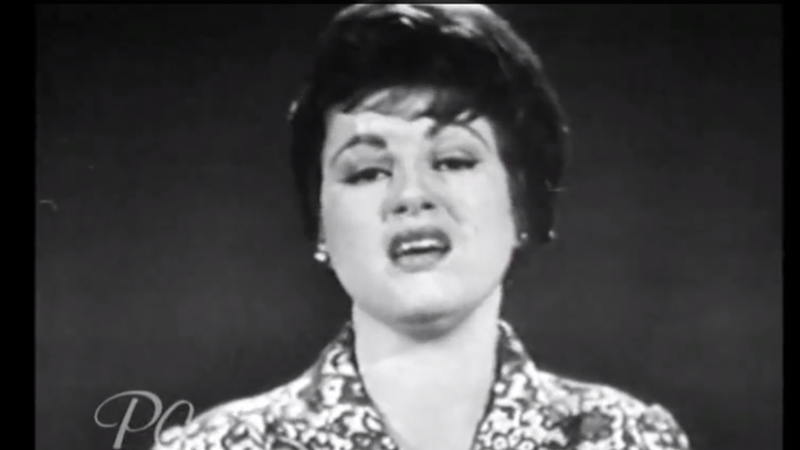 Flashback: Patsy Cline's 'I Fall to Pieces' Hits Number One