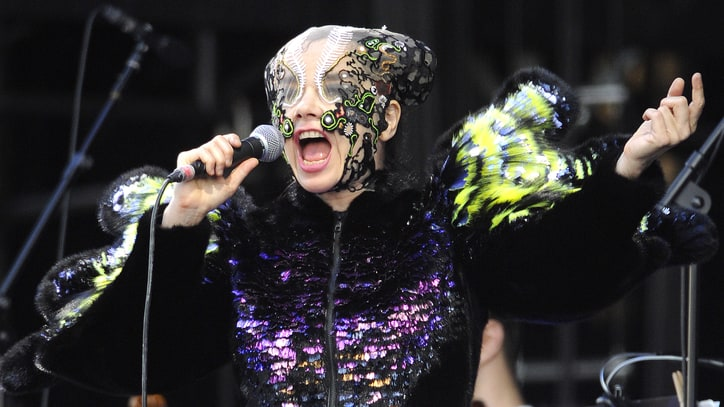 Bjork Ready to 'Start Anew' and Move On From 'Vulnicura'