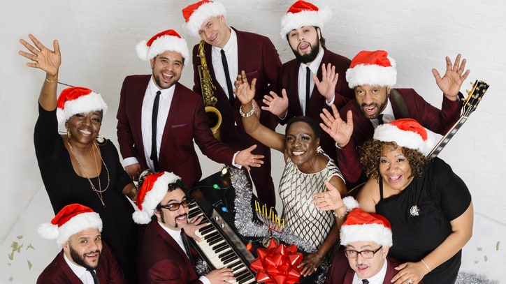 Sharon Jones & the Dap-Kings Prep Soulful Holiday LP