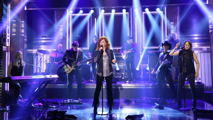 See Reba McEntire's Sizzling 'Until They Don't Love You' on 'Fallon'