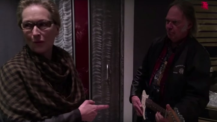Watch Neil Young Give Meryl Streep a Guitar Lesson