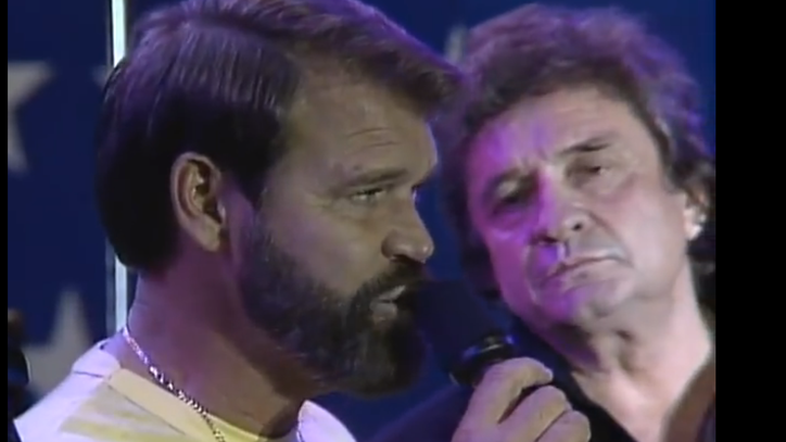 Flashback: See Glen Campbell Join the Highwaymen at First Farm Aid