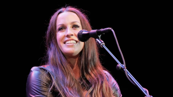 Alanis Morissette to Release 'Jagged Little Pill: Collector's Edition'