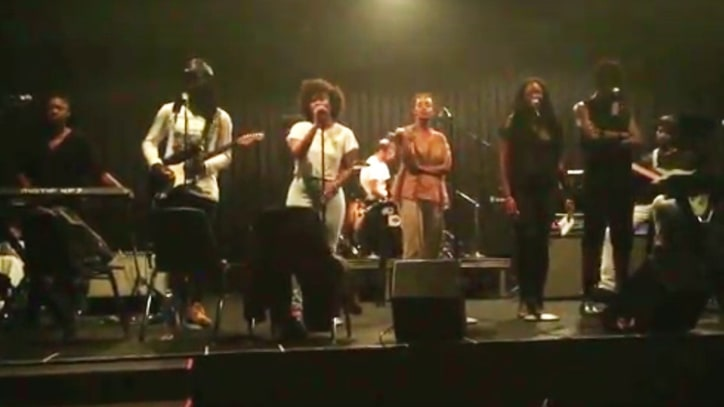 Watch Solange, Dev Hynes Reunite at FYF, Cover Nina Simone