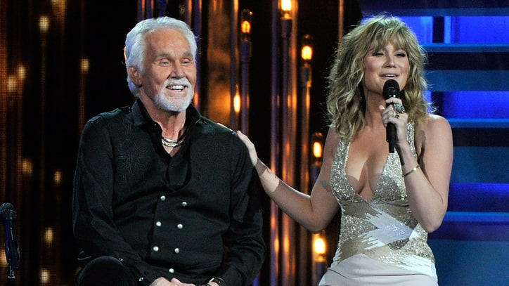 Kenny Rogers Duets With Krauss, Nettles on New Christmas Album