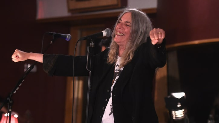 Patti Smith Leads Powerful 'Horses' Set in Jimi Hendrix's Studio