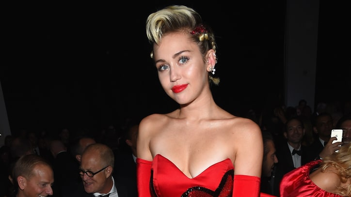 Miley Cyrus Slams Nicki Minaj Over VMAs Snub Reaction