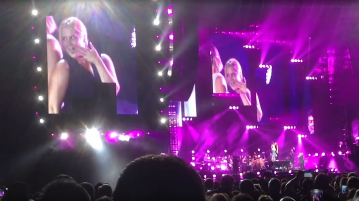 Watch Amy Schumer, Jennifer Lawrence Dance Atop Billy Joel's Piano