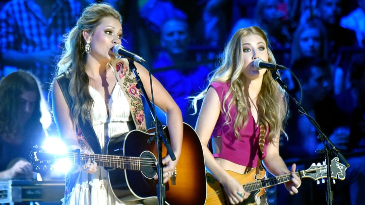 Maddie & Tae on 'Start Here' Album: 'It's Not Just Love, Boys and Rainbows'