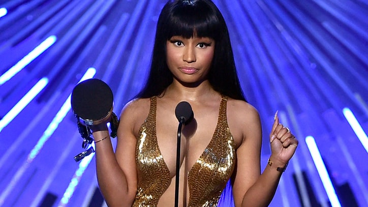 Watch Nicki Minaj Blast Miley Cyrus During VMA Acceptance Speech