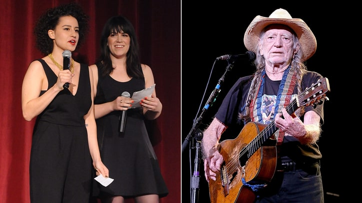 'Late Show' Second Week: Willie Nelson,'Broad City,' Bernie Sanders