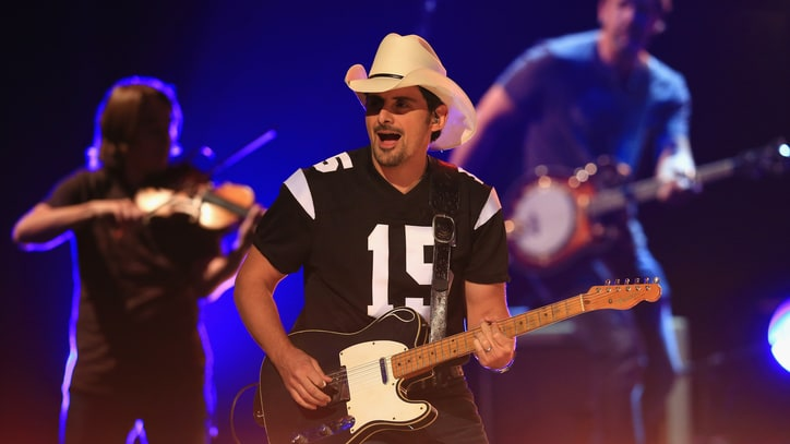 Brad Paisley to Perform, Predict on 'College GameDay'