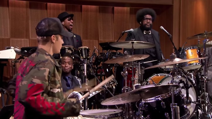 Watch Justin Bieber, Questlove Battle in Drum-Off Rematch on 'Fallon'