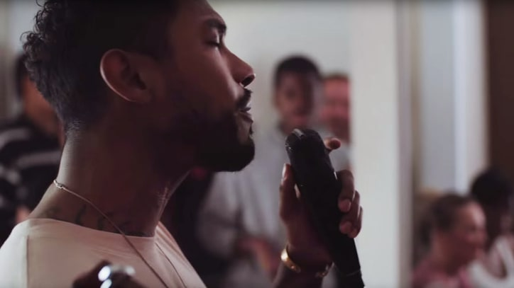 Watch Miguel Highlight Struggling Renters' Issues With Acoustic Set
