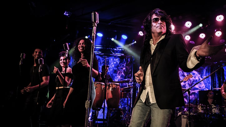 Kiss' Paul Stanley Croons Unadorned R&B Classics at Soul Station Debut