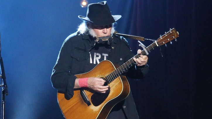 Neil Young, Ryan Adams, St. Vincent Lead Bridge School Benefit