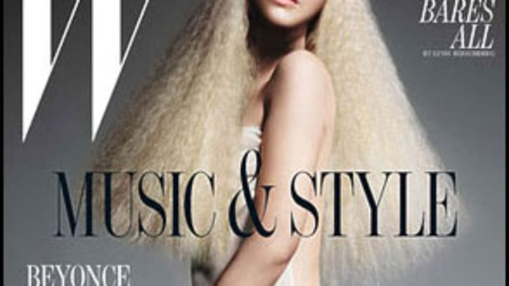 Christina Aguilera Goes Nude on Stark 'W' Cover