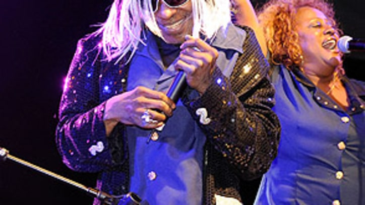 Sly Stone Pleads Not Guilty to Cocaine Charge