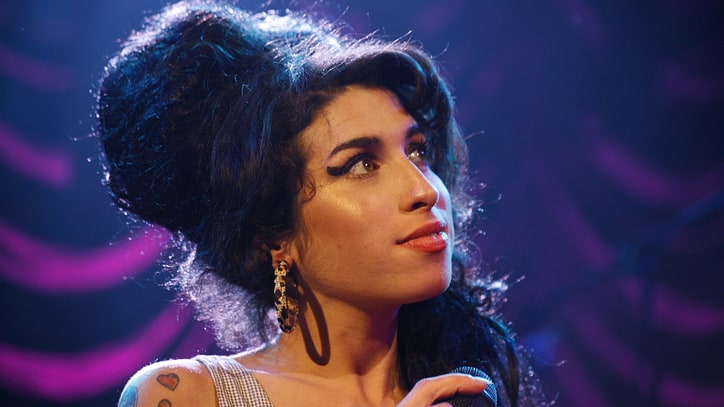 Watch Amy Winehouse as New York Tourist in Deleted 'Amy' Scene