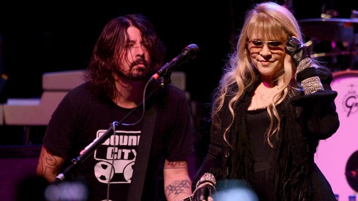 Watch Foo Fighters Perform With Stevie Nicks, Haim in Los Angeles