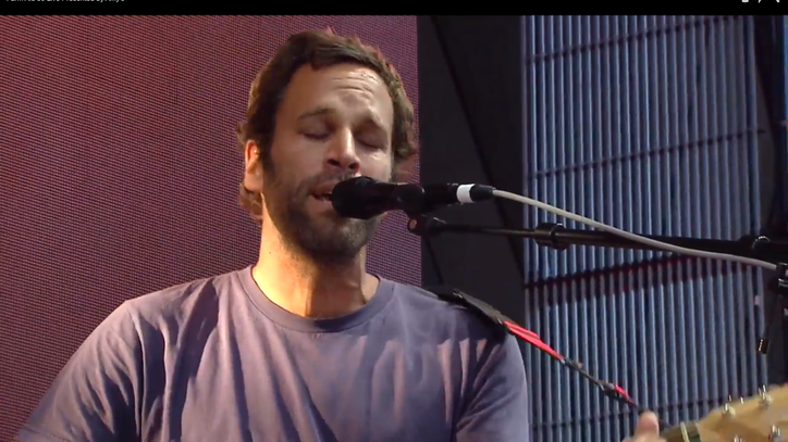 Watch Jack Johnson Sing About Smoking Weed With Willie Nelson