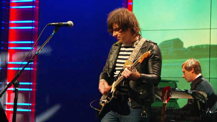 Watch Ryan Adams Cover Taylor Swift on 'Daily Show'