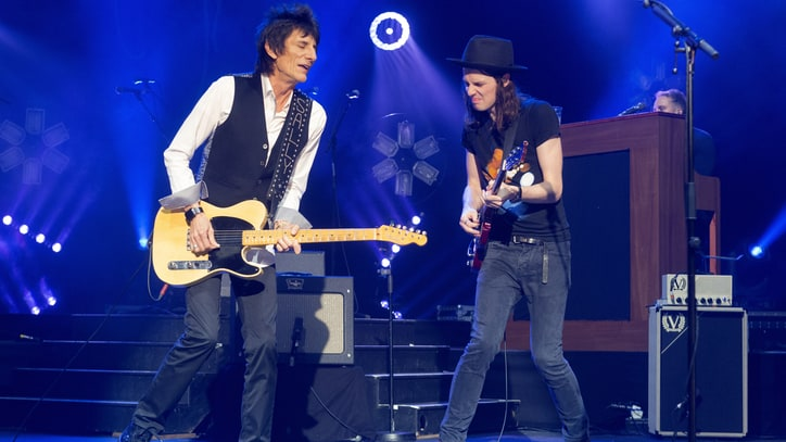 Watch Ronnie Wood Join Rising Folk-Rocker James Bay for Faces Cover
