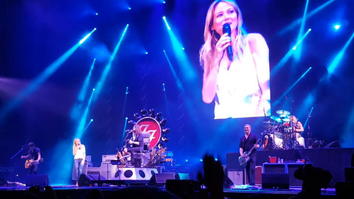 Watch Jewel Duet With Dave Grohl on 'Stop Draggin' My Heart Around'