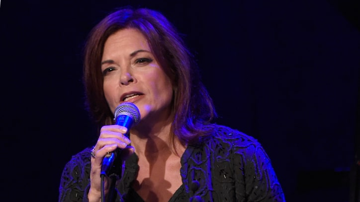 Rosanne Cash on Gun Debate: 'Don't Tell Me to Keep My Mouth Shut'