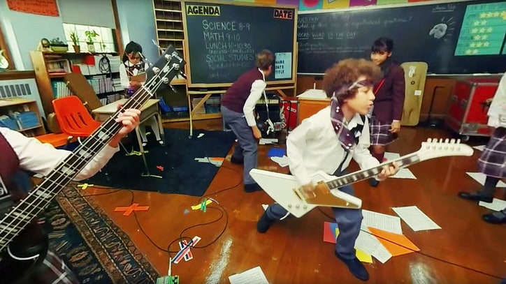 Watch 'School of Rock' Musical's Innovative, Interactive Music Video